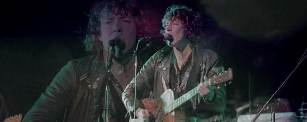 Barns Courtney rocks out for Carson Daly