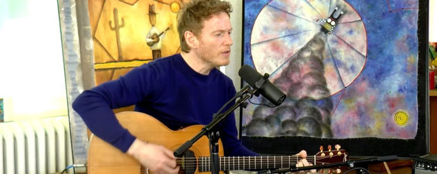 Teddy Thompson sings from the Garden