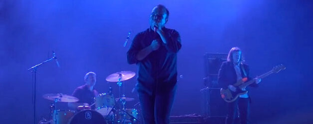 Future Islands rock their Plastic Beach
